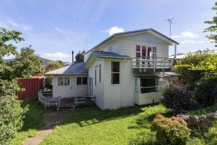 house for sale in 13 Bertram Street...
