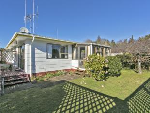 2 bedroom Flat in 422 Ngatai Road...
