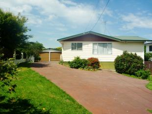 3 bedroom house for sale in 828 Kihikihi Road...