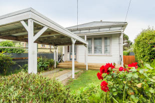 house for sale in 216 Heads Road...