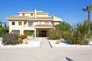 Villa for sale in Daya Vieja, Alicante...