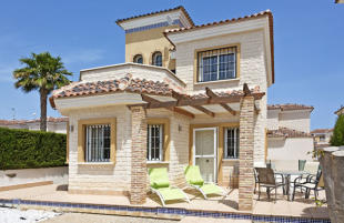 3 bed Detached Villa in Valencia, Alicante...