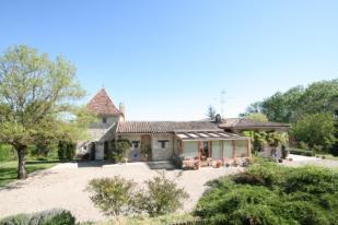 4 bedroom Apartment for sale in Bergerac, Aquitaine...