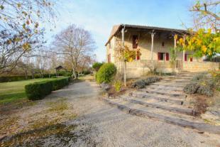 4 bedroom home in Miramont de Guyenne...