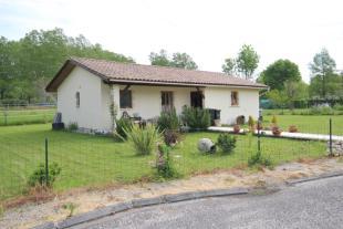 3 bedroom property in Eymet, Dordogne, 24500...
