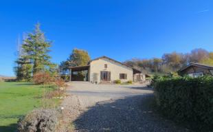 5 bedroom house for sale in Castelmoron-sur-Lot...