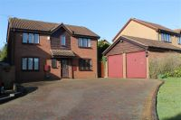 4 bedroom Detached home in Regent Close, St Albans...