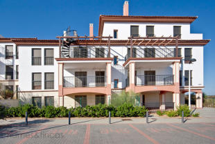 2 bed Apartment for sale in Ayamonte, Huelva...