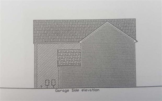 PLOT 4 GARAGE SIDE E