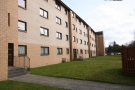 2 bed Flat to rent in KINGSPARK - Kingspark...