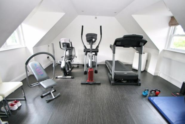 Gym/Optional Bed 6