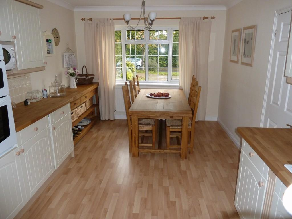 Wooden Floor Dining Room Design Ideas, Photos ...