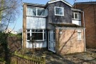 2 bed Maisonette in Rickman Close, Woodley...