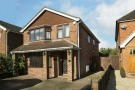 5 bedroom Detached house in Halls Road, Tilehurst...