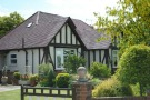 5 bed Detached home for sale in Oatlands Road  Shinfield...