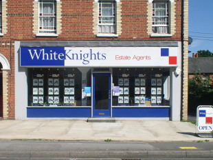 Whiteknights Estate Agents, Spencers Woodbranch details
