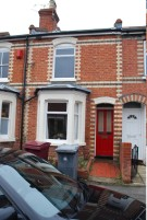 Terraced home to rent in Kings Road, Caversham...