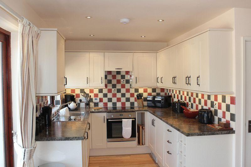 Lowenna Kitchen