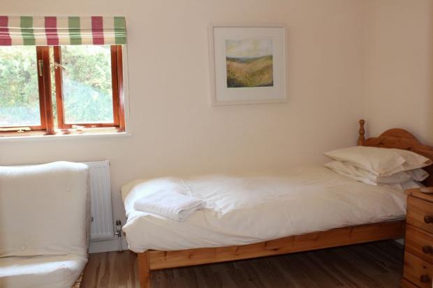 Lowenna Bed 3