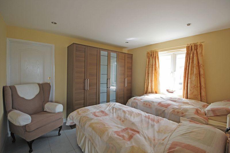 Bed Annexe