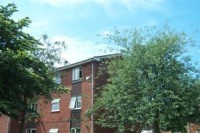1 bed Flat to rent in Charlesworth Street...