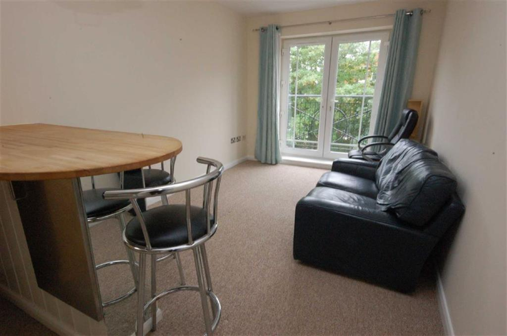 2 Bedroom Apartment For Sale In Cambridge Court West Bridgford Ng2