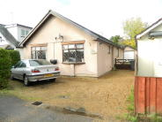 3 bedroom Detached Bungalow in Stowe Road, Cippenham...