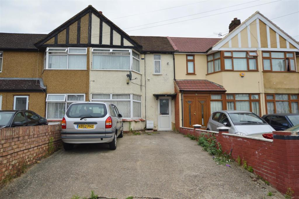 Two bedroom house for sale in slough 28 images 2 for 9 bedroom homes for sale