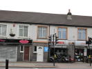 Studio flat in High Street, Carshalton...