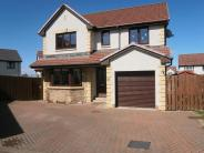 4 bedroom Detached house in Cedarwood Drive...