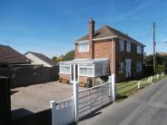 3 bedroom Detached house in Denby House Napchester...