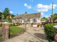 4 bedroom Semi-Detached Bungalow for sale in Robin Hood Lane, Chatham...