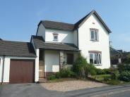 3 bed Detached property in Larksmead Way, Ogwell...