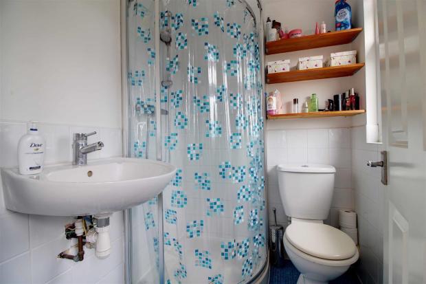 Shower Room Loft.jpg