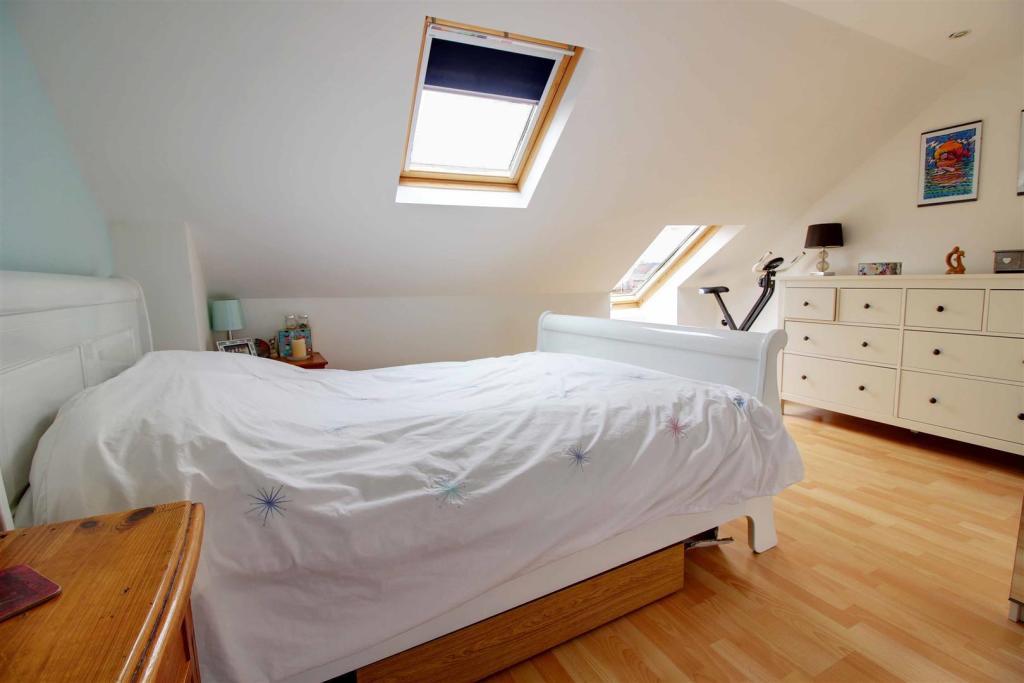 Bedroom Loft.jpg
