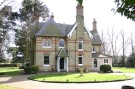 Country House for sale in Broxhill Road...