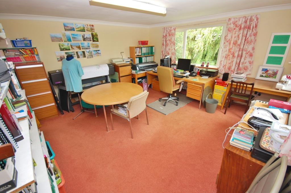 Home Office/Family R