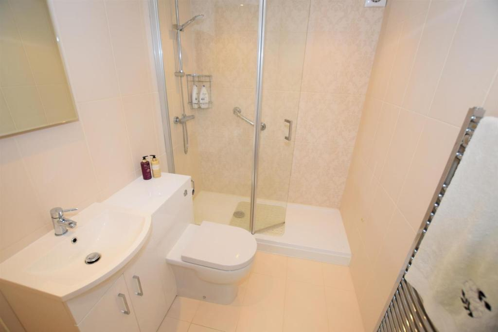 Shower Room/WC (refi
