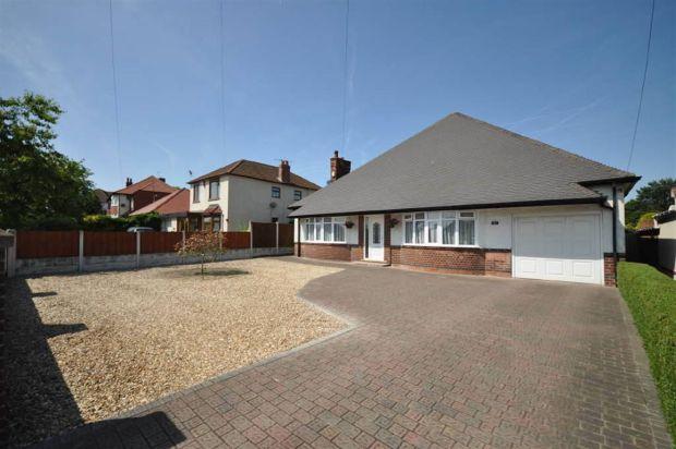 bedroom detached bungalow for sale in Diamond Avenue, Kirkby In ...