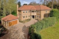 6 bedroom Detached house for sale in The Chase, Oxshott, KT22