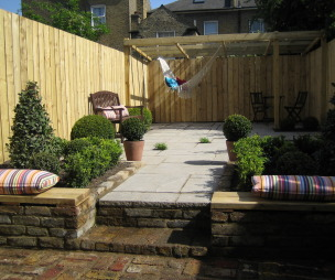 Urban Garden Design Ideas, Photos & Inspiration | Rightmove Home Ideas