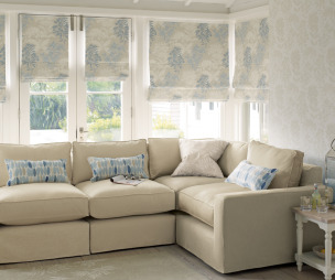 Roman Blind Design Ideas, Photos & Inspiration | Rightmove Home Ideas