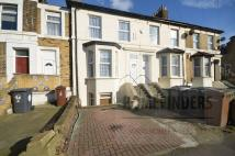 Flat for sale in Oliver Road, Leyton, E10