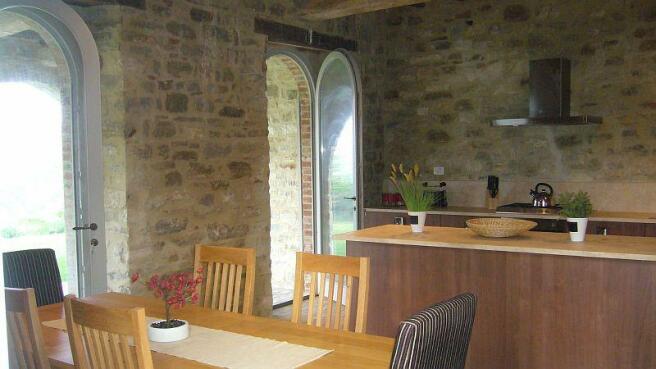 Cervo kitchen dining