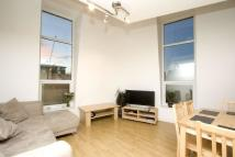 2 bed Duplex in The Grove, Stratford, E15