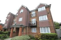 Flat to rent in Jemmett Close...