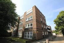 1 bed Flat to rent in Falcon House Morden Road...