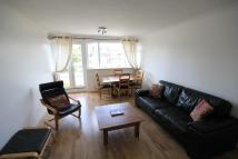 3 bed Flat in Putney Hill, London, SW15