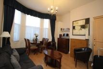 1 bedroom Flat to rent in Castletown Road, London