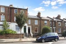 1 bed Flat in Brackenbury Rd...